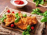 Рецепта Панирани пържени пилешки гърди (филета) с корнфлейкс
